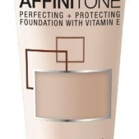 Maybelline New York Affinitone HD Podkład 18 Natural Rose