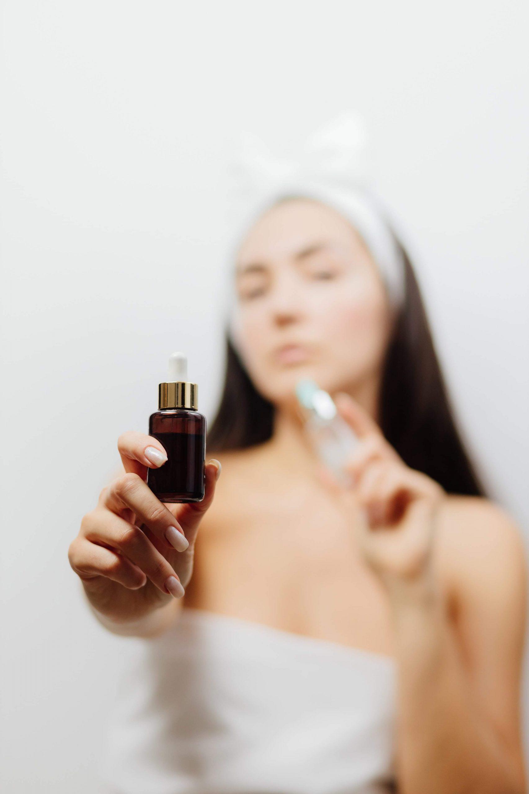 Wjaki sposób dobrać witaminę dopotrzeb swojej skóry ? Rodzaje iznaczenie witamin dla cery